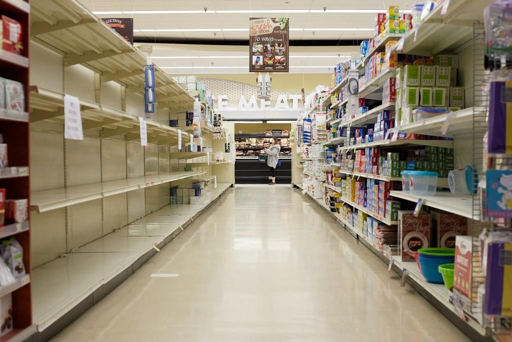 Coronavirus lockdown in KC grocery store