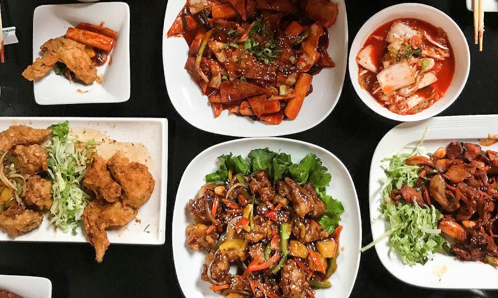 A photo of dishes from Kobi Q in Kansas City.