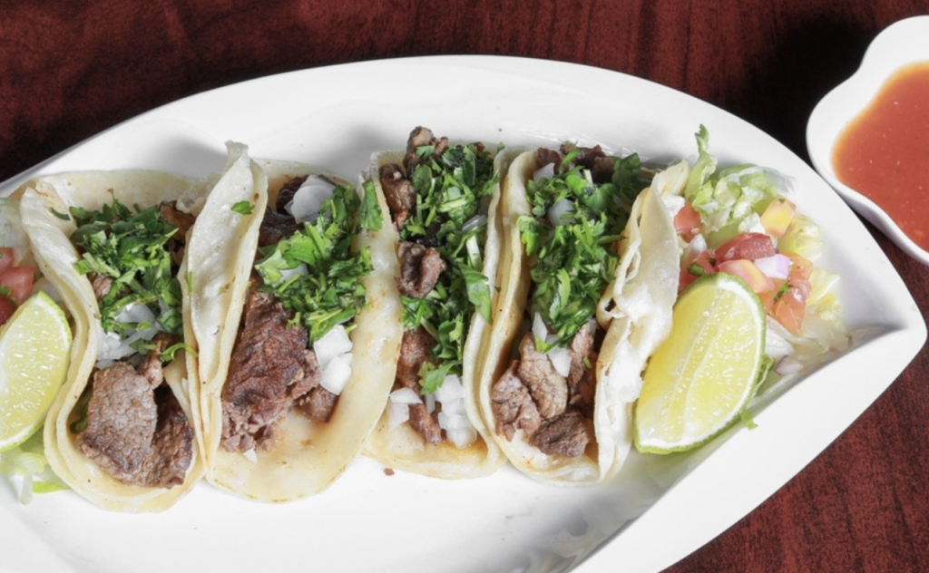 A photo of tacos from Str-Eatz